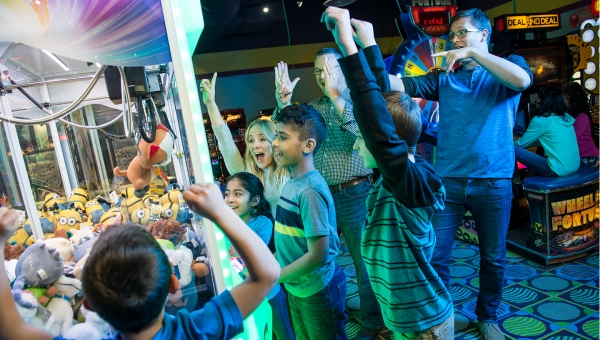 Enjoy an arcade party at Cyber Quest